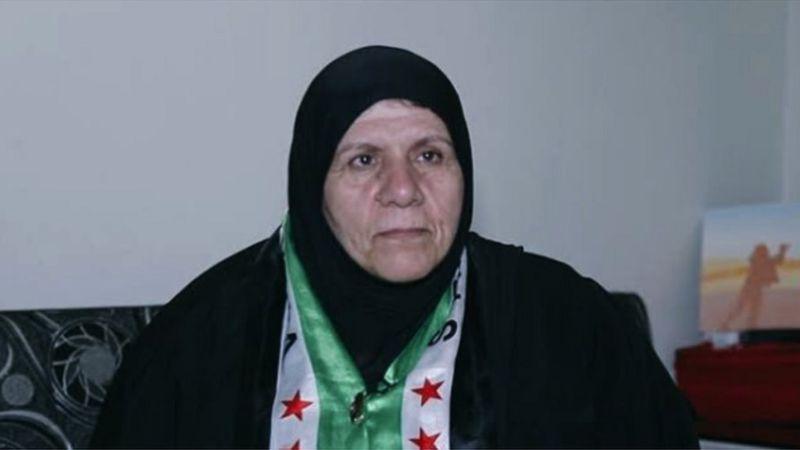 """قتلت جندي سوري بالفأس.. السلطات الأردنية تعتقل """"حسنة الحريري"""" وتنقلها إلى مخيم الأزرق"""