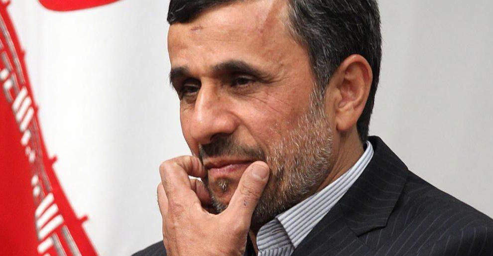 """أحمدي نجاد يترشح لرئاسة إيران: """"إن لم يقبلوا طلبي سأعارض الانتخابات"""""""