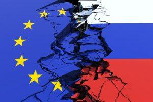 بعد منع 8 مسؤولين من دخول روسيا.. الاتحاد الأوروبي يرسل اعتراضا شديد اللهجة