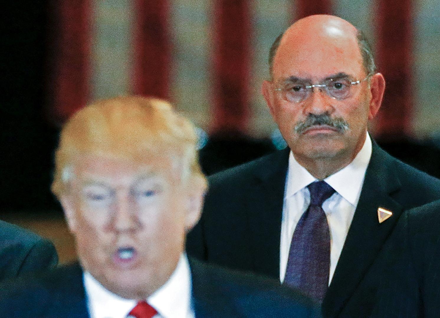 منظمة ترامب ومديرها المالي متهمان بجرائم متعلقة بالضرائب