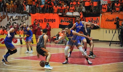 الوحدة و الكرامة في مباراة لكرة السلة للرجال سلة