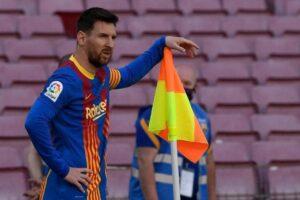 """من أول الشهر ميسي """"لاعب حر"""" وإدارة برشلونة واثقة من تجديد عقده رغم التعقيدات"""