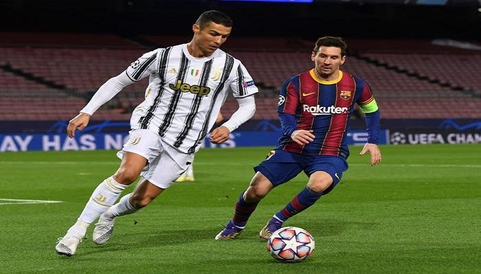 رونالدو و ميسي في مباراة بين برشلونة و يوفيتوس