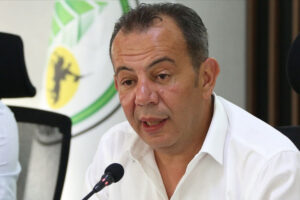 """رئيس بلدية ولاية """"هاتاي"""" (لواء اسكندرون المحتل) لطفي سافاش"""